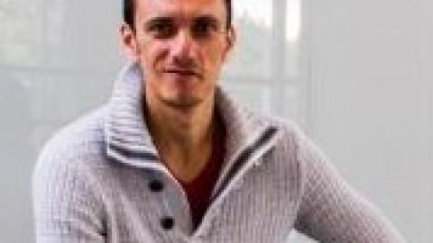 Vlad Khomutov
